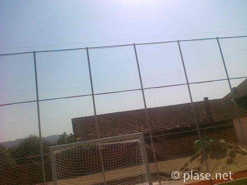 Garduri din plasa pentru teren sportiv