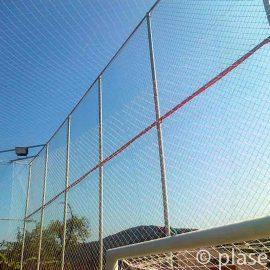 Plase pentru terenuri sportive